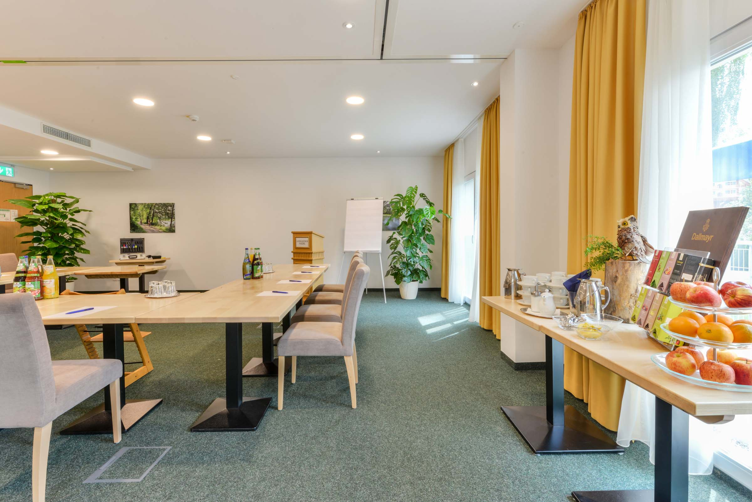 Hotel Nagerl conference room and board at Munich Airport