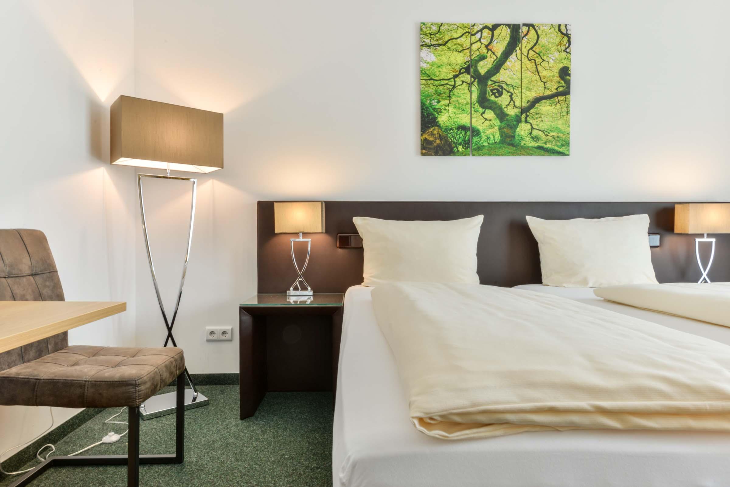 Modernes Hotelzimmer am Flughafen München